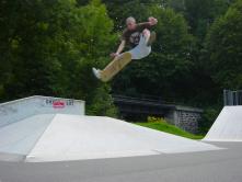Kickflip to Indy
