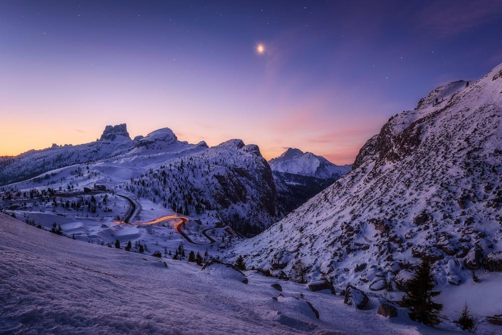 Erstes Glühen in den Alpen
