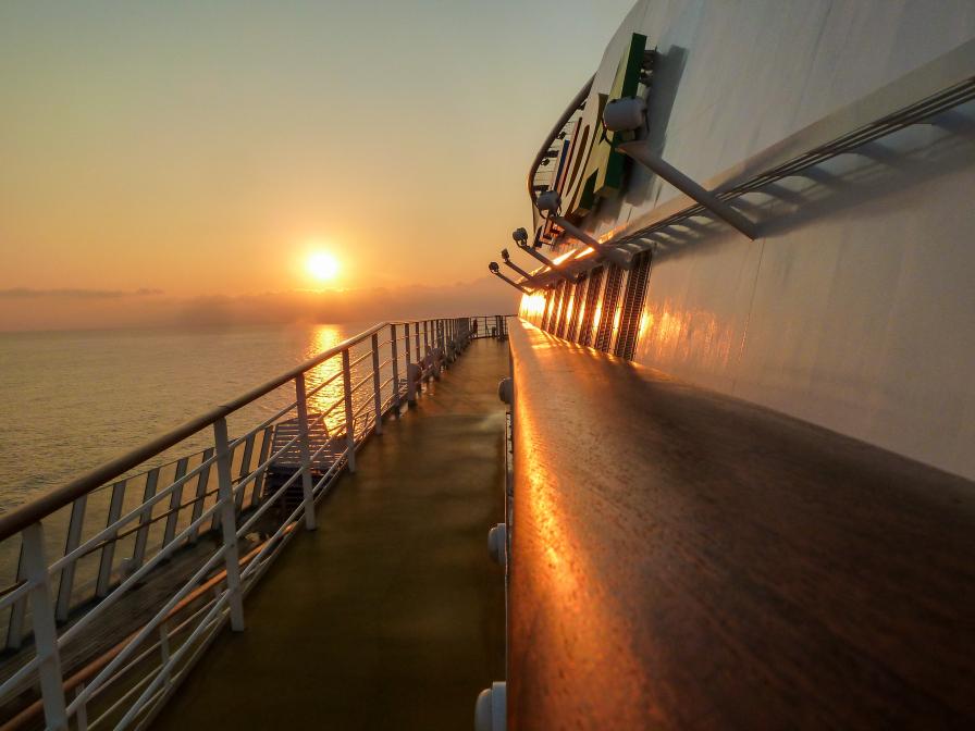 Vor Kreta bei Sonnenaufgang