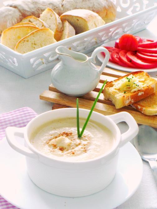 Creamy Cauliflower and Celery soup