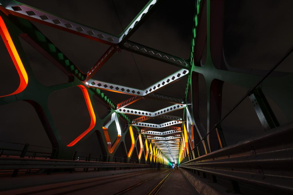 farebny most